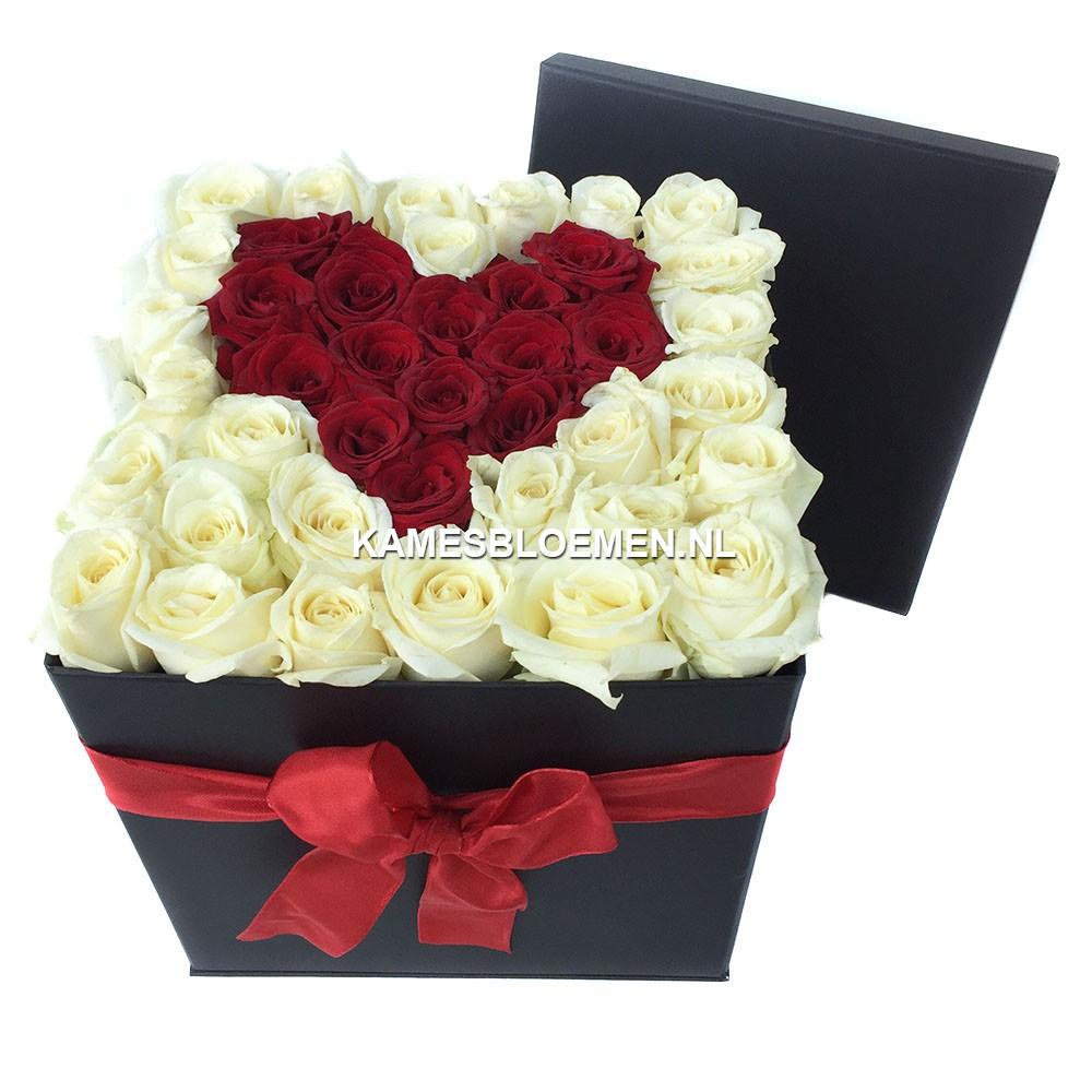 flower box hoog zwart rood hart met prachtige rozen. Black Bedroom Furniture Sets. Home Design Ideas