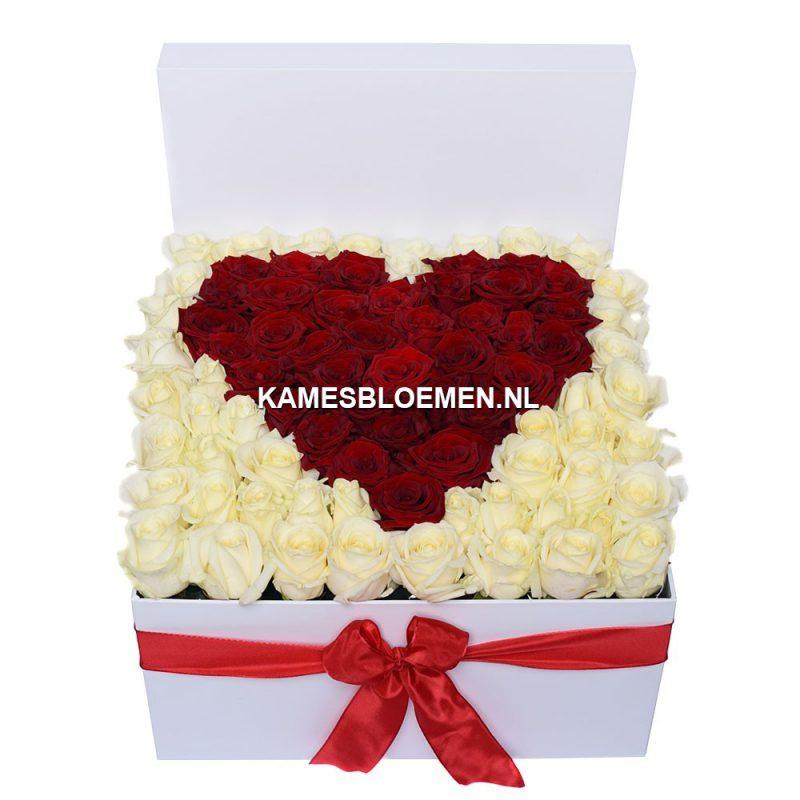 flower box wit rood hart kames bloemen. Black Bedroom Furniture Sets. Home Design Ideas