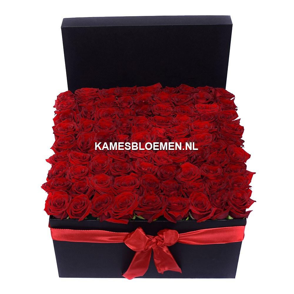 flower box zwart rode rozen kames bloemen. Black Bedroom Furniture Sets. Home Design Ideas